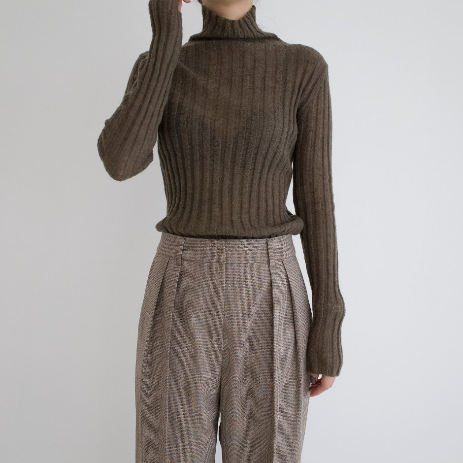 Mohair ribbed turtleneck