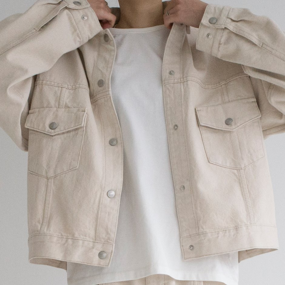 Snap button natural jacket